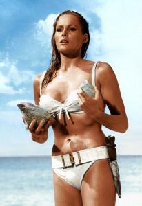 bikini u filmovima Džemsa Bonda